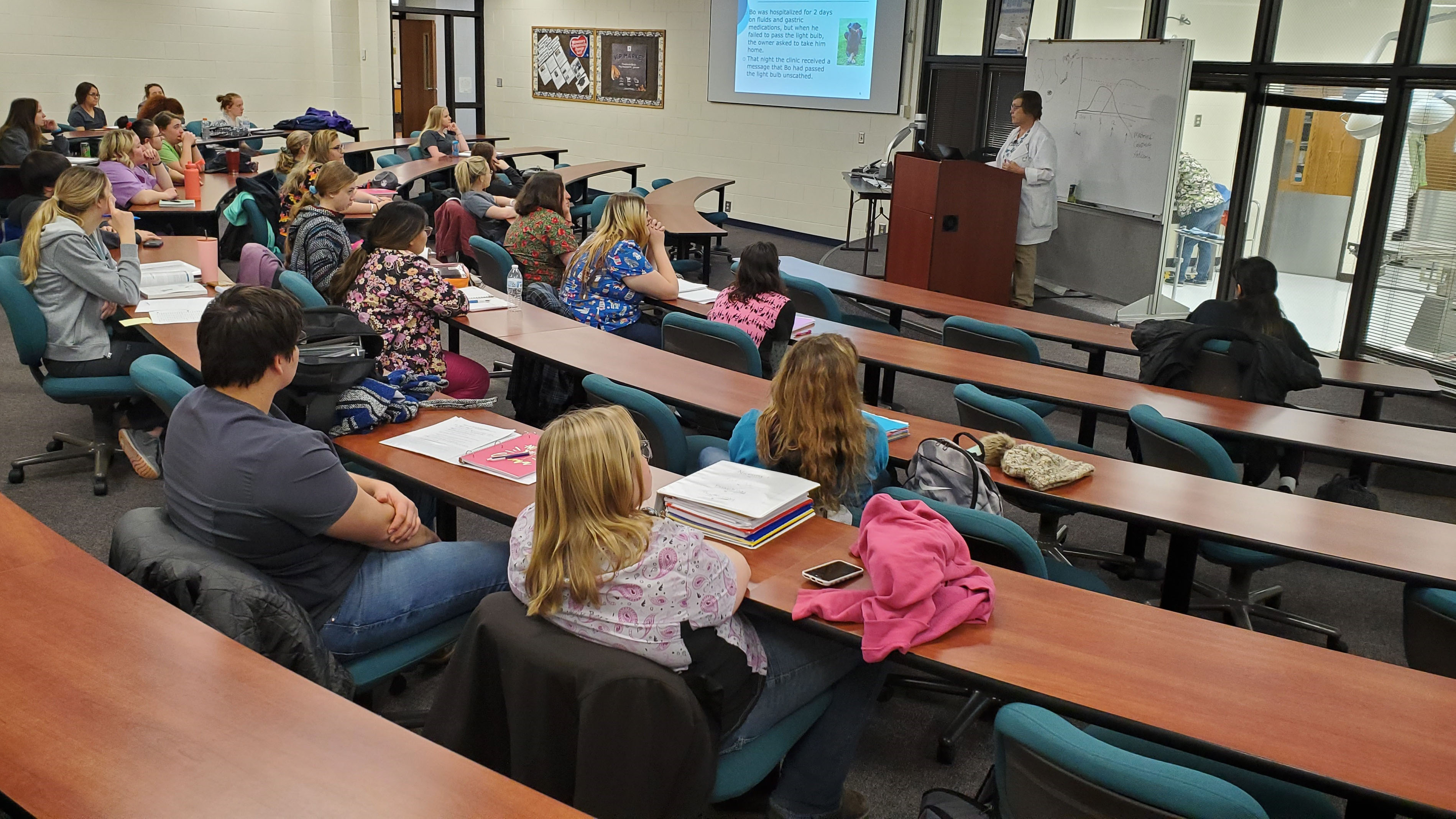 First-year veterinary technology students attend radiology lecture by Department Chair Barb Berg on Wednesday at the Nebraska College of Technical Agriculture. (Photo by M. Crawford / NCTA)