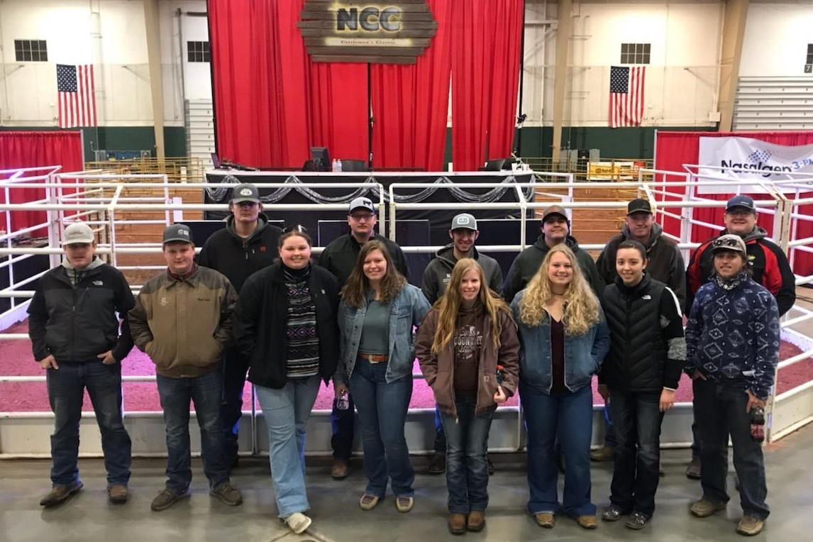 Field trips are valuable for learning about new technology in the cattle industry. A Beef Cattle Production class from the Nebraska College of Technical Agriculture in Curtis gained management tips from the Nebraska Cattlemen's Classic.  (D. Smith / NCTA Photo)