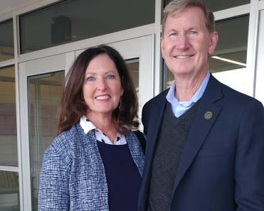 Lynda and Ted Carter visited the Nebraska College of Technical Agriculture Sunday for a public forum. (Crawford/NCTA News photo)