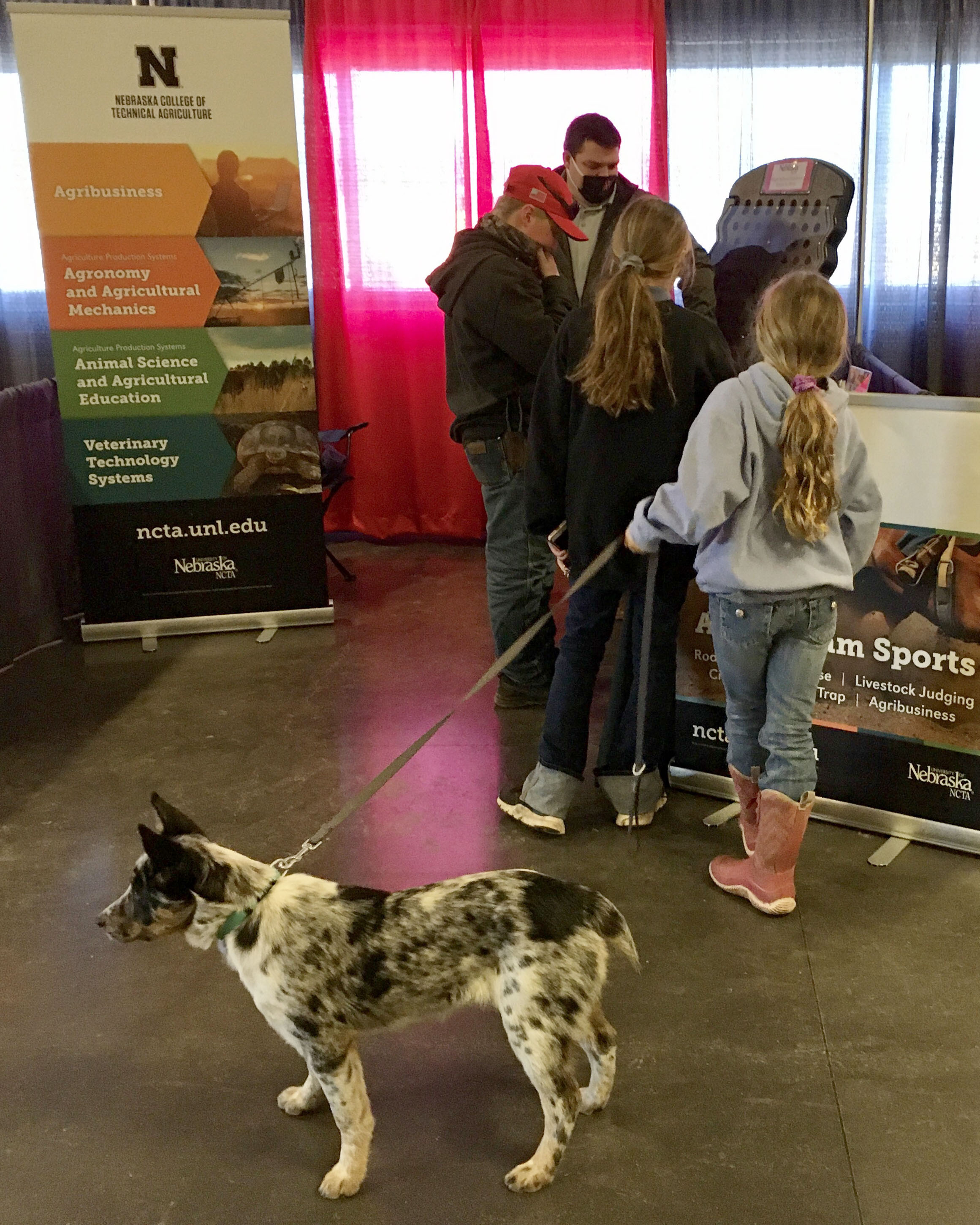Rulon Taylor, recruiter with the Nebraska College of Technical Agriculture, visits with youth at the 2021 Nebraska Cattlemen's Classic in February. (A. Taylor / NCTA photo)