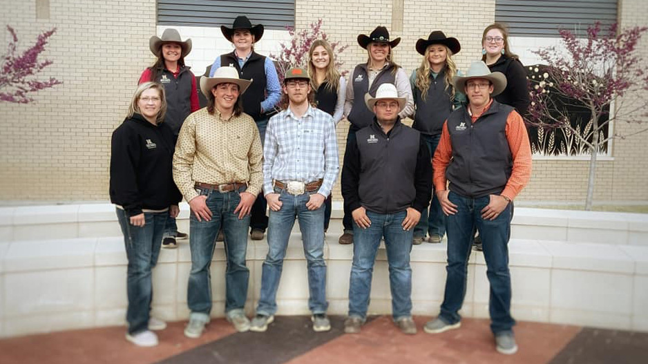 Ranch Horse Team members from the Nebraska College of Technical Agriculture traveled to Amarillo, Texas for the national collegiate stock horse championships competing among 11 teams. Coach Jo Hergenreder, front right, with Conner Crumbliss, Ayden Long, Brook Bradford, and Cauy Bennett. Back row, Macy Zentner, Devry Bellomy, Alexis Digrigoli, Annie Bassett, Addison Villwok and Jessica Burghardt. (NCTA RH Team photo)