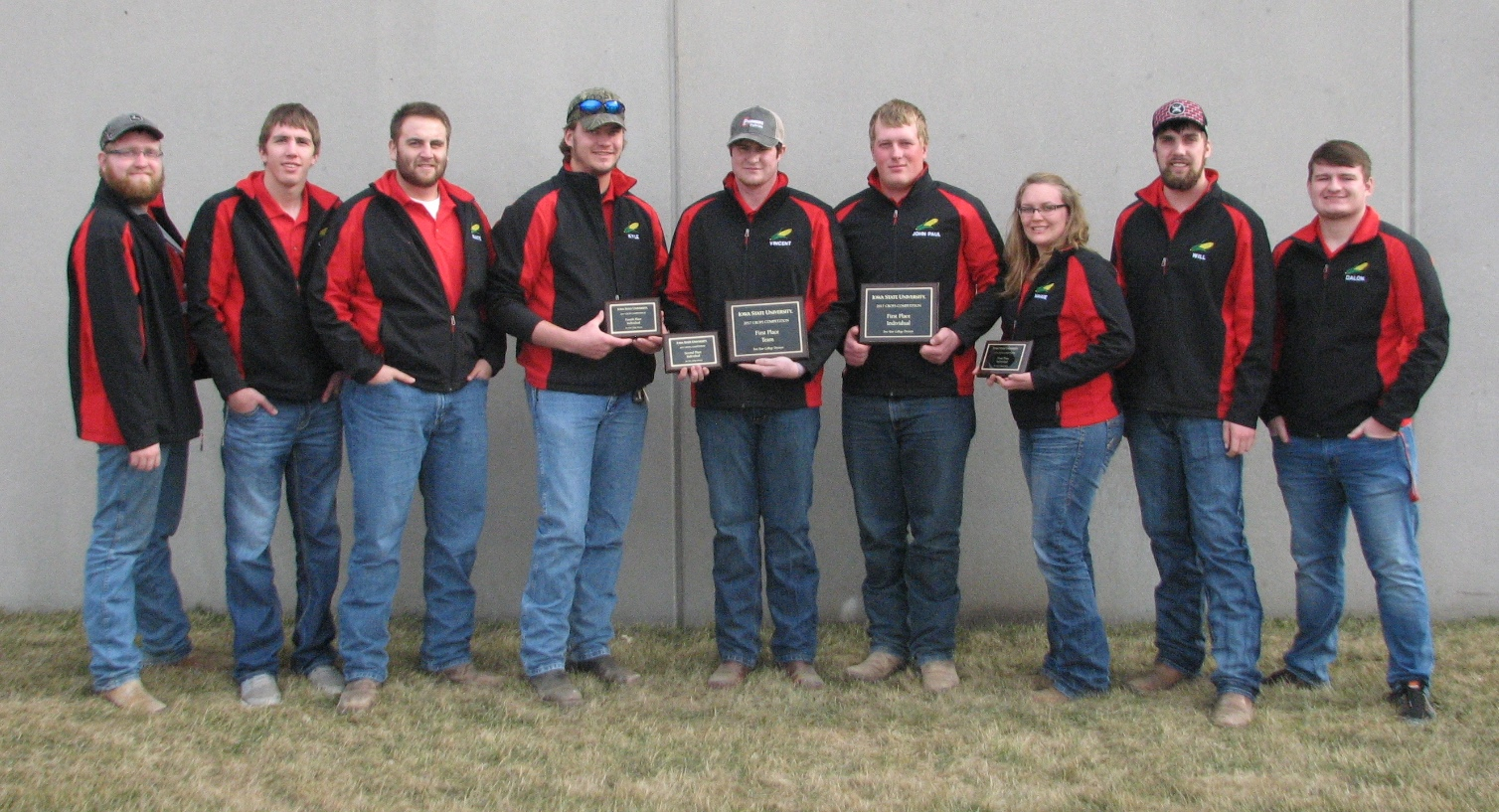 The Nebraska College of Technical Agriculture 2017 Crops Team (left to right) Brent Thomas, Alliance;  Lee Jespersen, Hemingford; Nate Montanez, Grand Island; Kyle Krantz, Alliance, 4th place; Vincent Jones, Kirwin, Kan., 2nd place; John Paul Kain, McCook, 1st place; Maggie Brunmeier, Bayard, 3rd place; Will Kusant, Comstock; and Dalon Koubek, North Platte. (Ramsdale/NCTA photo)